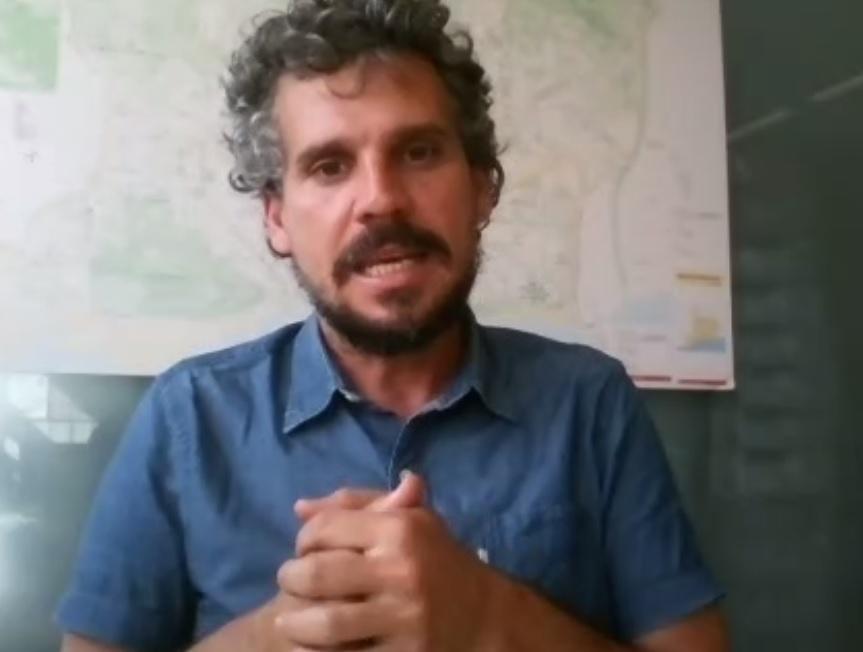 "Cafè Europa: ""From farm to fork: Política europea, respostes locals"", amb Álvaro Porro i Ricard Ramon"